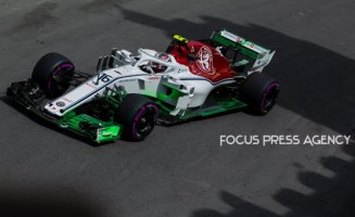 Charles Leclerc of Monaco and Sauber Team driver goes during the first practice at Formula One Azerbaijan Grand Prix on April 27, 2018 in Baku, Azerbaijan.