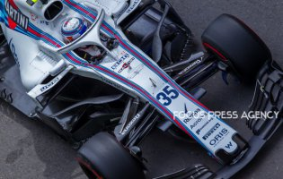 Sergey Sirotkin of Russia and Williams Team driver goes during the first practice at Formula One Azerbaijan Grand Prix on April 27, 2018 in Baku, Azerbaijan.