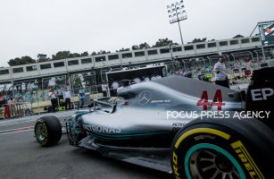 Lewis Hamilton of Great Britain and Mercedes Team driver goes during the second practice at Formula One Azerbaijan Grand Prix on April 27, 2018 in Baku, Azerbaijan.