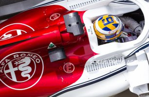 Marcus Ericsson of Sweden and Alfa Romeo Sauber F1 Team driver goes during the practice session at Azerbaijan Formula 1 Grand Prix on Apr 27, 2018 in Baku, Azerbaijan.