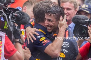 The winner Daniel Ricciardo of Australia and Red Bull Racing Team driver and Christian Horner after the race at Grand Prix de Monaco on May 27, 2018 in Monte Carlo, Monaco.