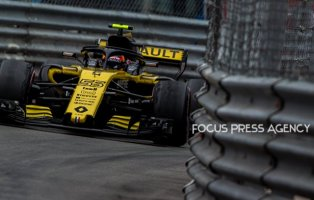 Carlos Sainz of Spain and Renault F1 Team driver goes during the race on Formula 1 Grand Prix de Monaco on May 27, 2018 in Monte Carlo, Monaco.