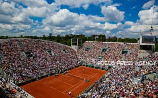 View from Suzenne Lenglen during the second round at Roland Garros Grand Slam Tournament - Day 4 on May 30, 2018 in Paris, France.