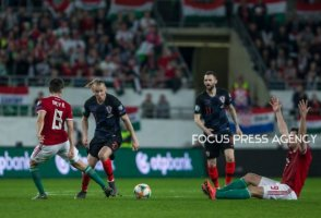 Domagoj Vida of Croatia competes for the ball with Adam Nagy of Hungary during the Hungary and Croatia European Qualifying match at Groupama stadium on March 24, 2019 in Budapest, Hungary.