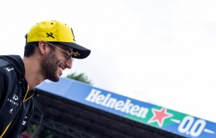 Daniel Ricciardo of Australia and Renault F1 Team driver before the race at Formula 1 Gran Premio Heineken on Sept 08, 2019 in Monza, Italy.